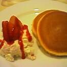 苺ホットケーキ